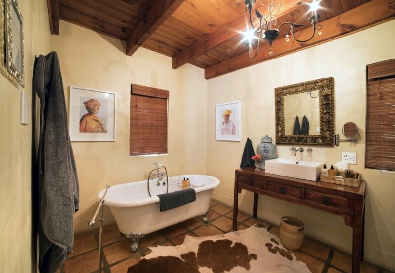 Superior-Room-Sea-bathroom