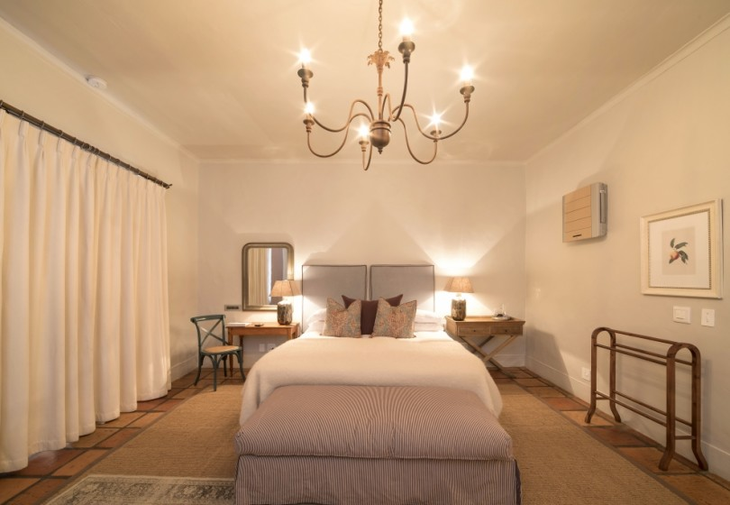 Superior-Room-Winelands-bedroom-2.1